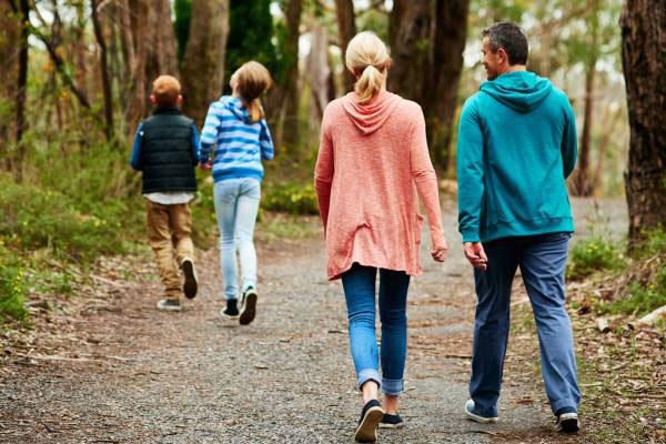 9 تاثیر شگفت انگیز پیاده روی برای سلامت بدن